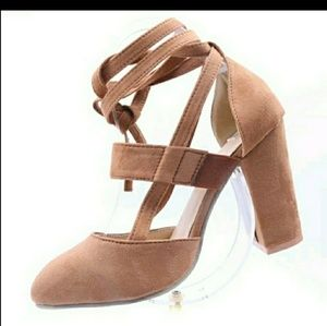 Shoes - Womens high block heel